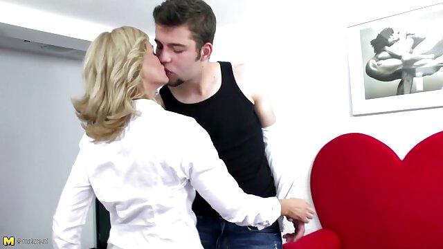 Anak Mabuk, Rusia dengan jeans dan bokep japan porn air mani pada payudara.
