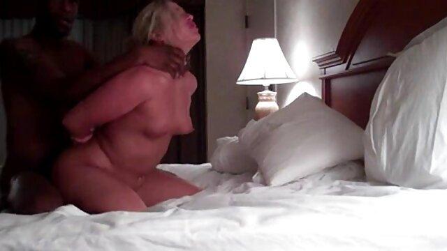 seorang gadis movies porn jepang memberimu blow job sempurna.