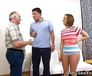 Ayah menghukum Gadis hd porn jepang Laki-laki dengan keras itu kasar.