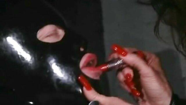 Milf video sex bokep japan Ceko membuka pakaian indah ayam