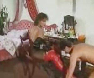 Gadis Senior video xxx bokep japan bercinta dengan pria kurus.