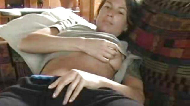 Suaminya menemukan telepon sex bokep japan istri sebagai cintanya